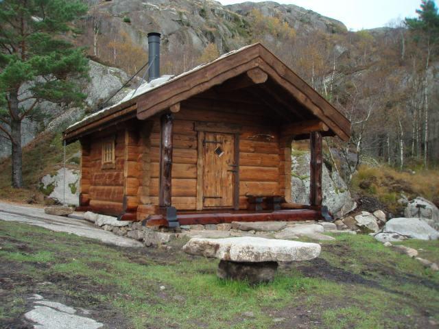 Saunale saab põneva välimuse saunapeitsiga