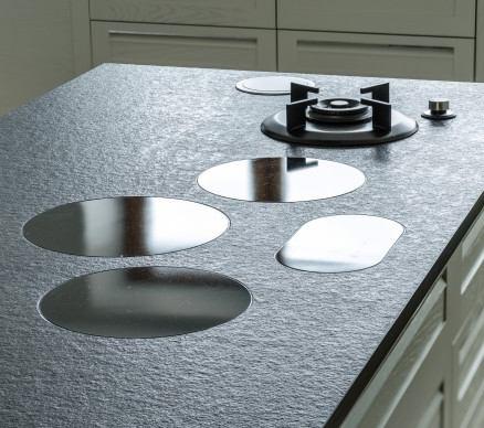i-Cooking gaasipõletid ja induktsioonplaadid pannakse tööpinna sisse