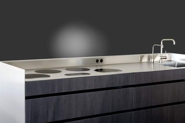 Pilt12-i-Cooking gaasipõletid ja induktsioonplaadid pannakse tööpinna sisse