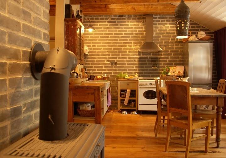 Köök taaskasutatud mööblist soodsa eelarvega