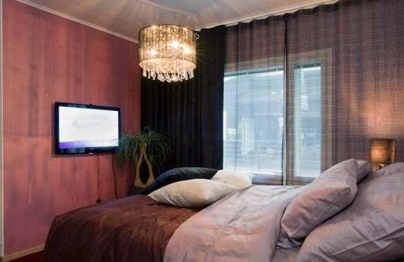 Valgustus on interjööri kujunduselement, mis rõhutab ruumi stiili ja tõstab esile soovitud detaile