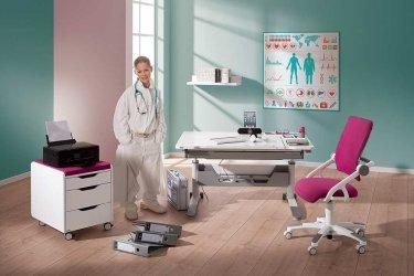 Pilt 10 - Reguleeritava kõrgusega kirjutuslaud ja tool - hea lahendus lapse tuppa!