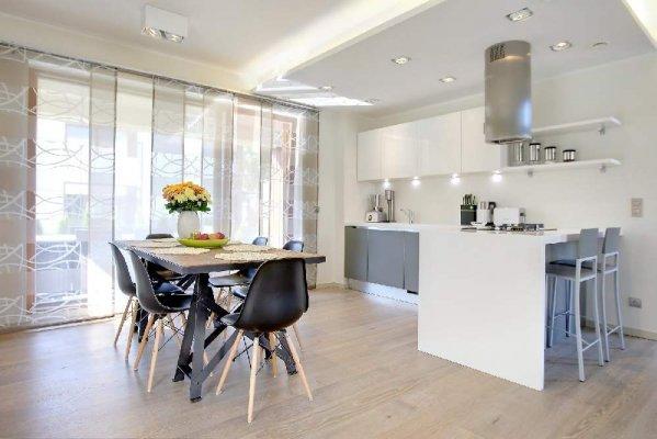Minimalistlikus põhjamaises stiilis avar kodu Pärnus