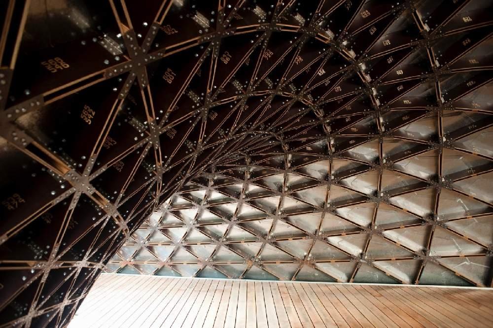 Vineeri eripreemia kategoorias oli parim Eesti arhitektide Andres Sevtsuki ja Raul Kalvo vineerist paviljon Singapuris, mis valmis sealsete arhitektuuritudengite õppetööna.