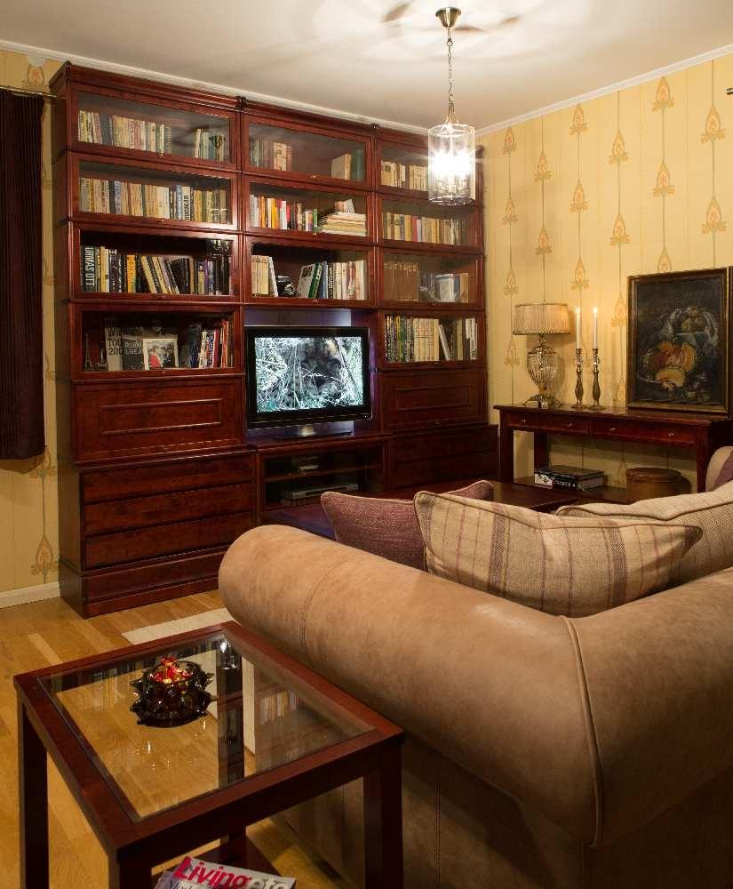 Skano kuulsaim sari on mööblisari Björkkvist, mille enam kui sajandivanune disain sobib ideaalselt klassikalise joonega kodu sisustades. Skanost mööblit ostes saab alati ka salongis sisekujundalt nõu