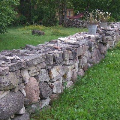 Sadu aastaid kestva kiviaia ehitamise saladus