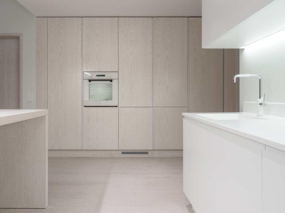 Luksuslikud valge interjööriga korterid Pirital
