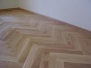 Efektse mustri saab põrandale liist- või mosaiikparketiga