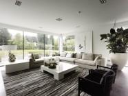 Pisidetailideni läbimõeldud modernne interjöör ja õueruum