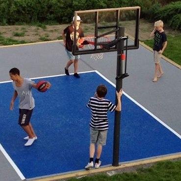 Kuidas ehitada kodus korvpalli- või spordiplatsi