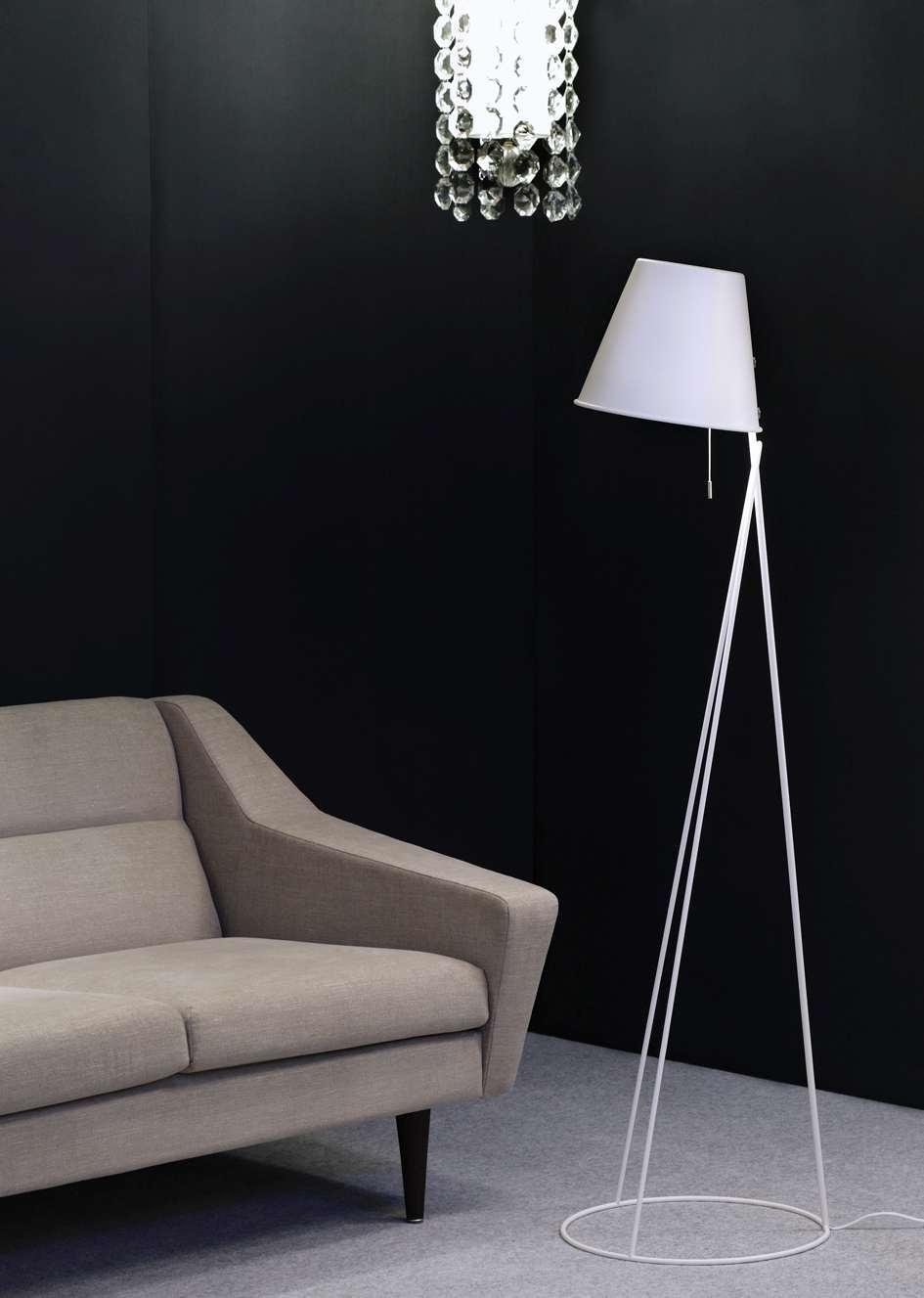 PõrandalampTrix, disaner Tõnis Vellama (Seos).