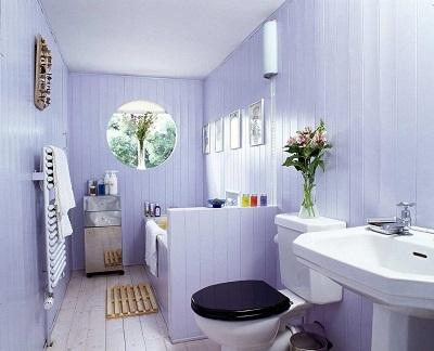 Sellesse vannituppa on küll lisatud moodsad seadmed, puitpõrand ja –vooder aga järgivad endisaegset stiili. Foto: Nordic Timber Council