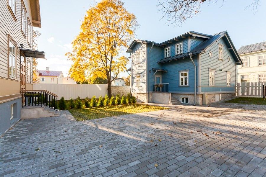 6d2be0be3c2 Loe ka artiklit Juhani ja Elsa majadele on paigaldatud katusepaneelid.  Kõigi majade mahud on saavutatud.