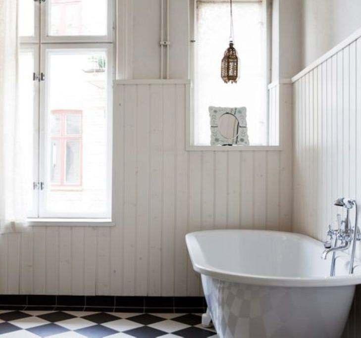 Tõusva trendina kasutatakse vannitubades sisevoodrilaudu (Värvikeskus.ee)