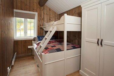 Pilt 14 - Puitu ei saa põhjamaalase kodus kunagi olla liiga palju - pere puhkemaja Norra mägedes