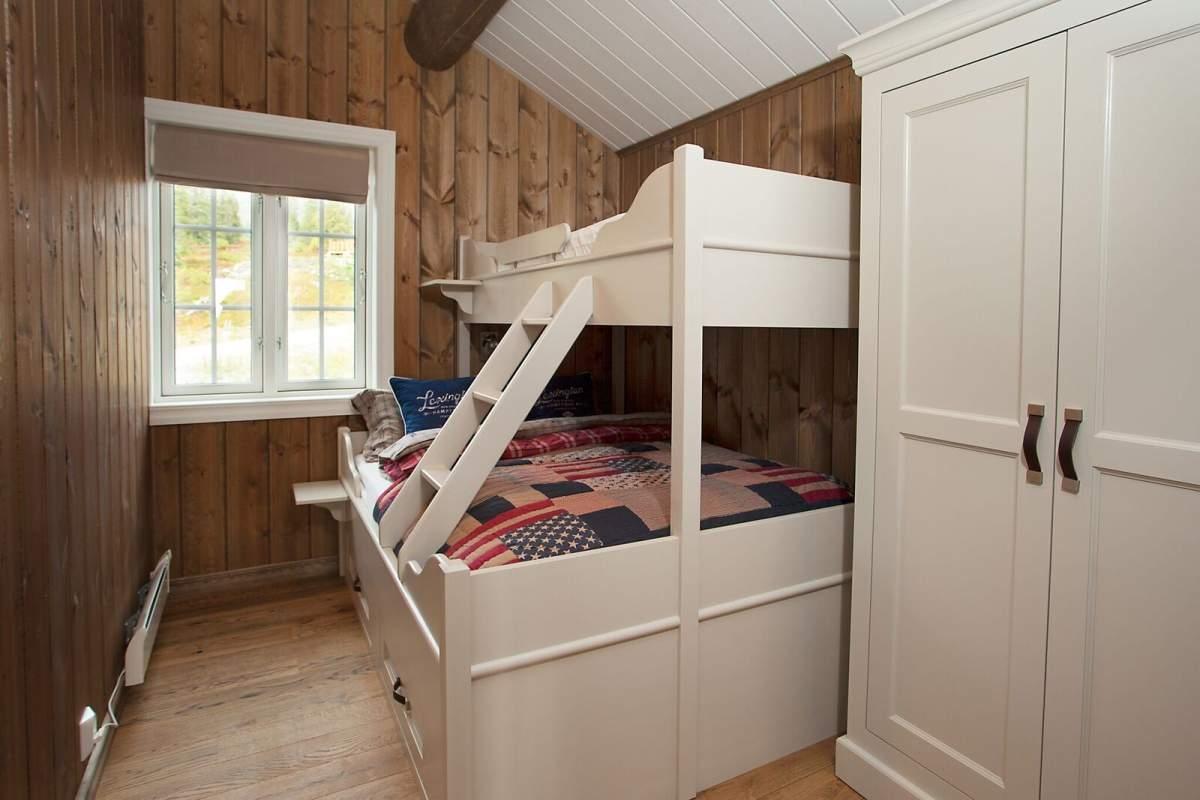 Pilt13-Puitu ei saa põhjamaalase kodus kunagi olla liiga palju - pere puhkemaja Norra mägedes