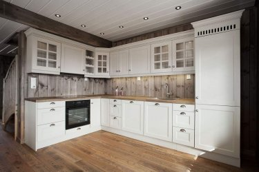 Pilt 3 - Täispuidust köök