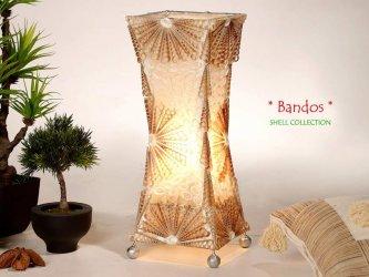 Bambusest ja merekarpidest valgustid Bambuskeskusest