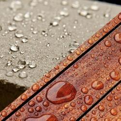 Tõhusad kaitsevahendid: kivikatus, sillutis, puitfassaad, terrass