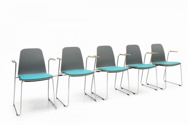 Pilt 5 - COM (Profirm) - mitmeotstarbeline kontoritool disainiti spetsiaalselt mitmekülgseks ja mugavaks. Lihtne üheosaline vineerist iste ja seljatugi on saadaval kolmes erinevas disainis ja mitme puit ning H