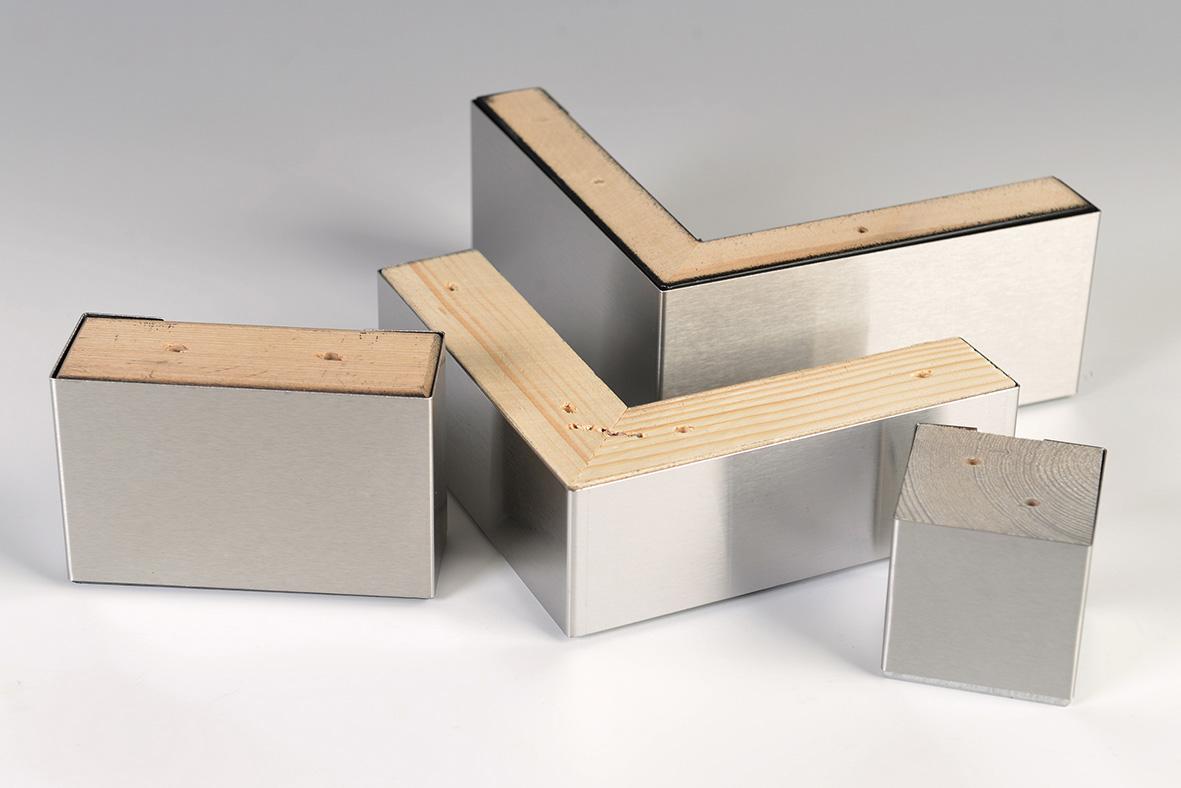 Wuudla valmistab kvaliteetseid mööblijalgu just sellise puitmaterjali, kuju ja tooniga nagu mööbli juurde vaja läheb.