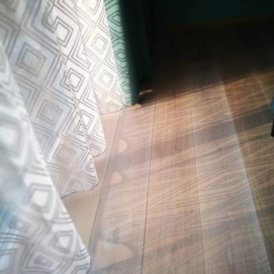 Kardinadisainer annab nõu koju ja kontorisse aknakatete valimiseks