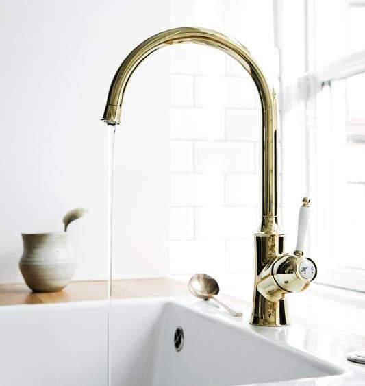 Damixa ühe kangiga klassikalised segistid - praktiline valik kaasaegses vannitoas