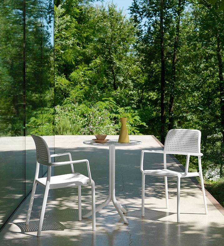 Stiilne, mugav, soodne, ladustatav, vastupidav terrassimööbel Treimanni mööblisalongis.STEP laud 83€ BORA tool 77€