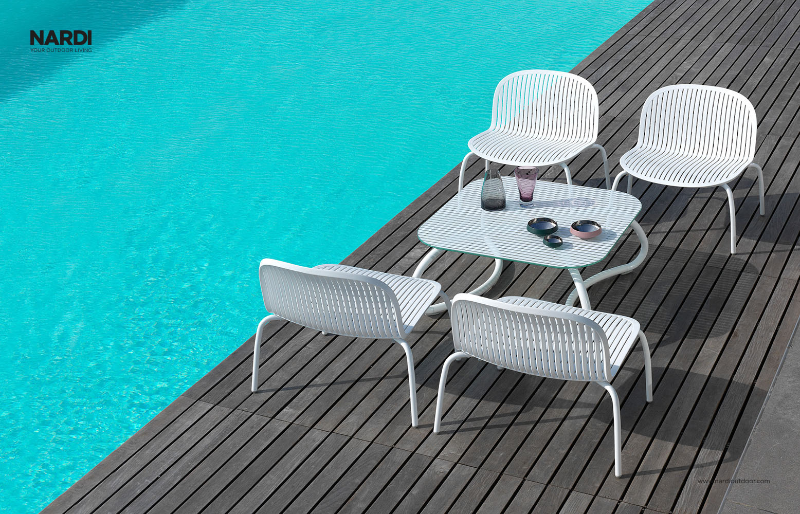 NINFEA RELAX tool, hind 154€ LOTO RELAX laud, hind 266€