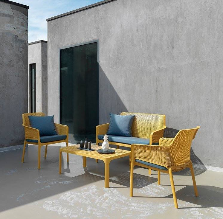 Kas terrass on grillihooajaks mööbleeritud? Laud 108€, toolid al 119€ ja pink 204€.