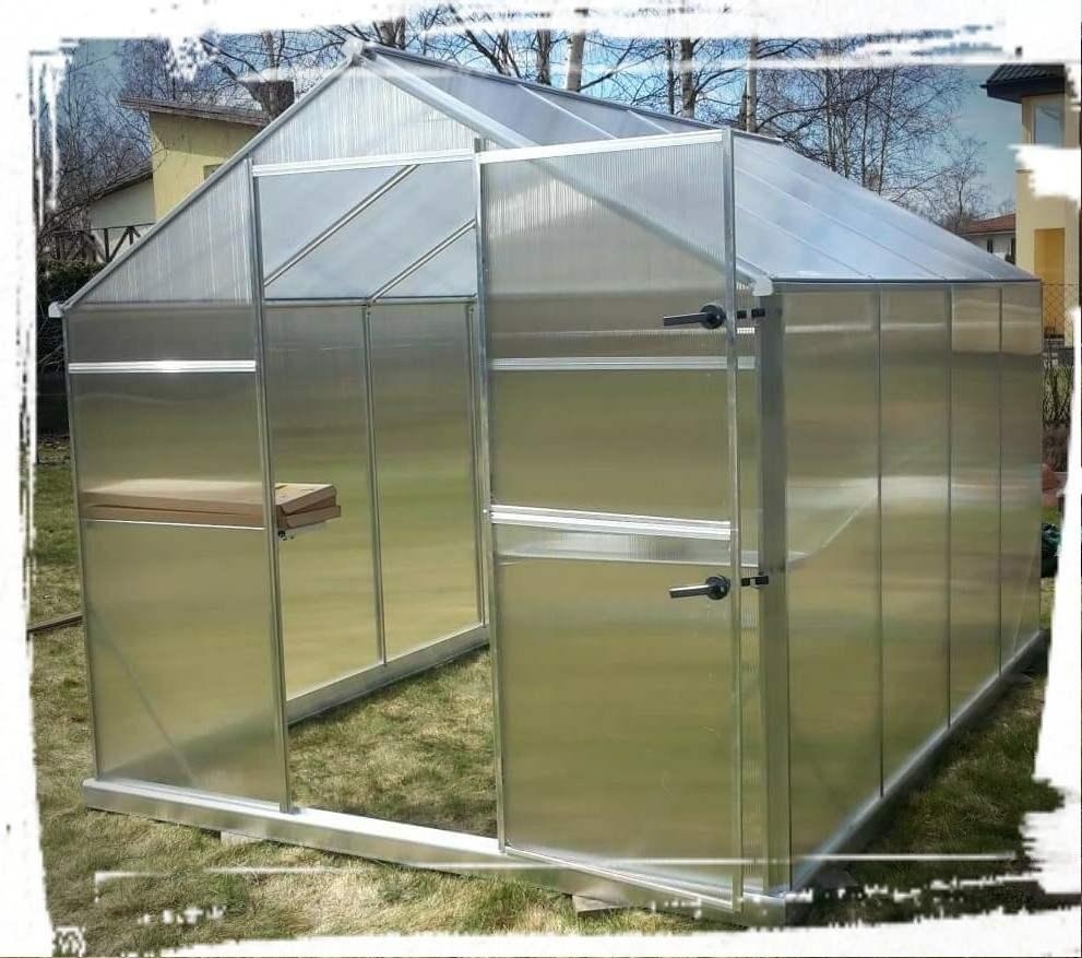 Kasvuhoone ostmiseks on parim aeg sügisel