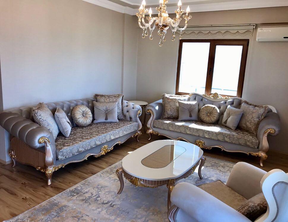 Käsitööna valminud luksuslik klassikaline mööbel!
