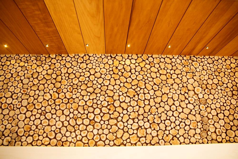 Hästilõhnav kadakas sobib kaunistama nii sauna kui ka eluruume, piiriks vaid enda fantaasia.