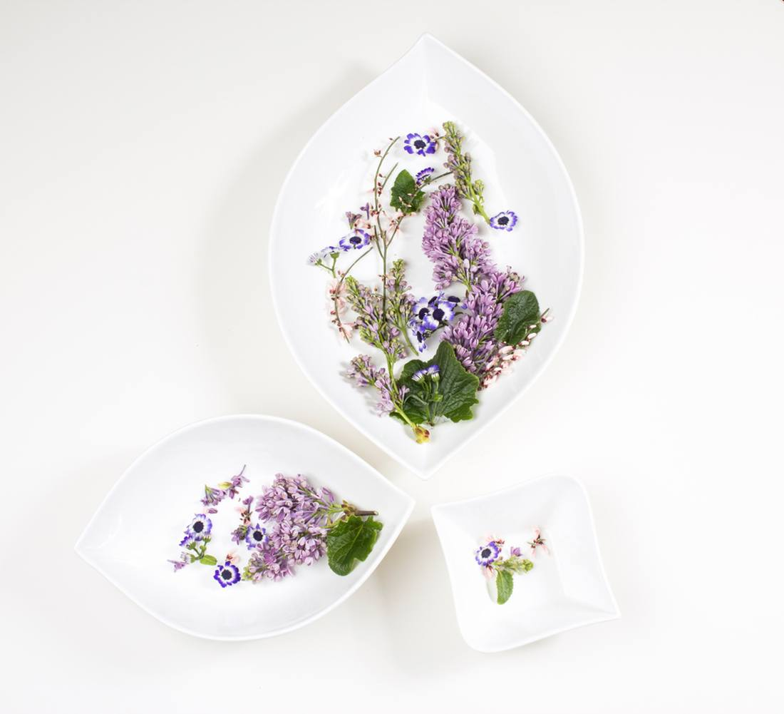 Perfect Home sisustuspoes Valge Liilia lauanõude sari -40%