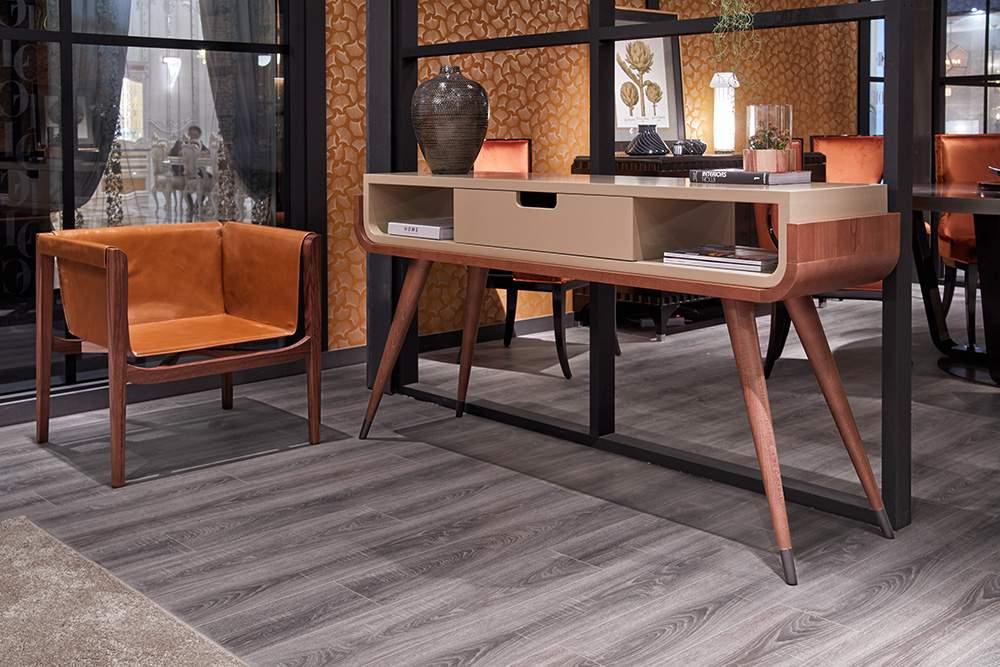 Laud, tool (pruunist nahast) – SEVENSEDIE