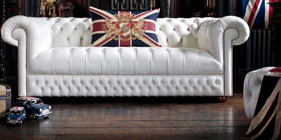 Valge diivan – THE ENGLISH CHESTERFIELD