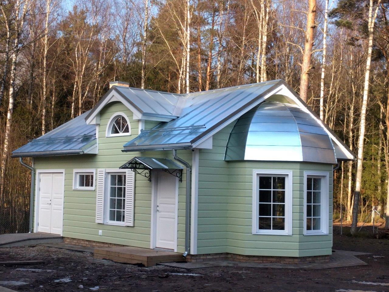 Tsingitud katus on soovitav mõne aasta jooksul värvida