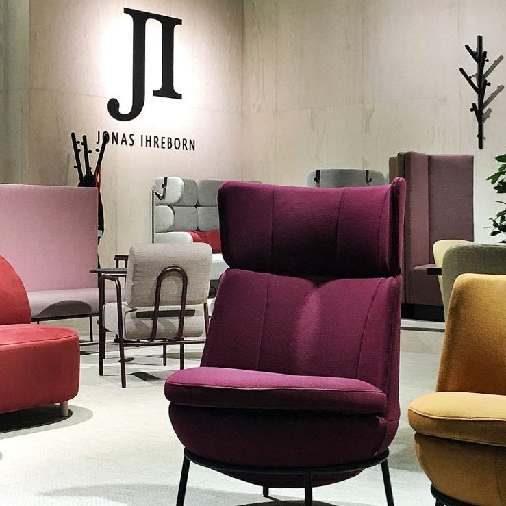 Illustreeriv fotot; Jonas Ihreborn furniture (Stockholm Furniture Fair 2019)