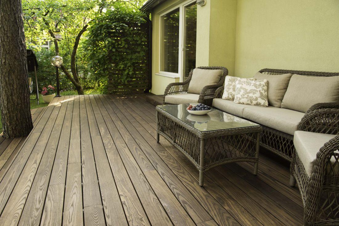 Termosaarest terrassilaud - kindel ja kemikaalivaba pind