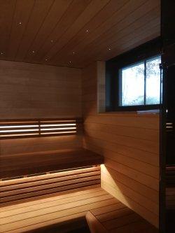 20 - Sauna building