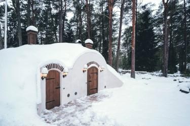7 - Revonial energiasäästlikud võlvhooned: koobassaun, maakelder, suveköök