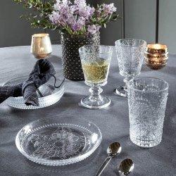 Võluvalt pilkupüüdva mustrilise klaasiga lauanõud