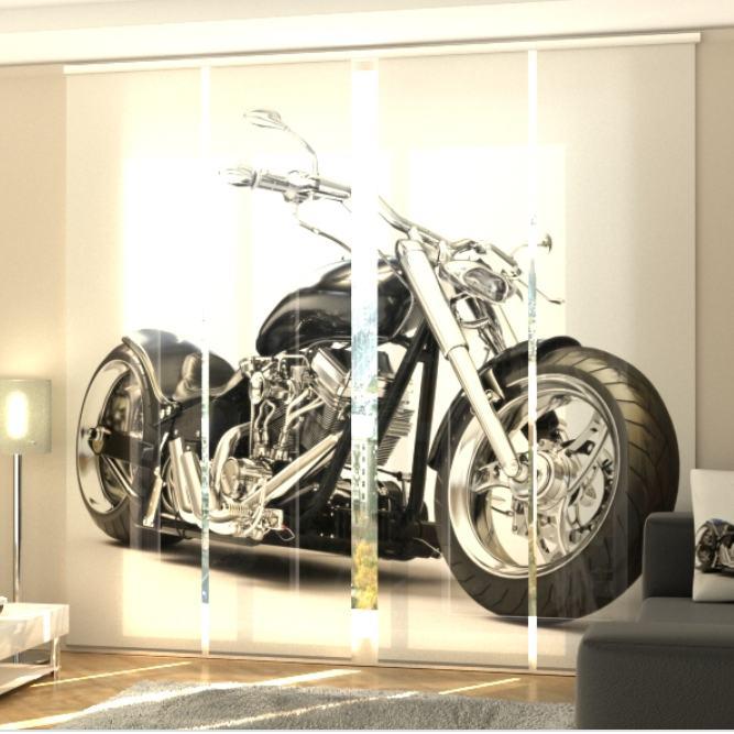 Voltideta paneelkardinad sobivad hästi suurte klaaspindade katteks