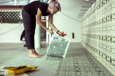 Porto šabloon betoonpõrandal ja seinal - 2