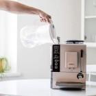 Filtreeritud puhas vesi päästab kohvimasina ja juuste värvi