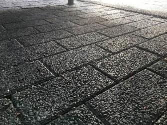 Pilt 4 - Hule-Kartanokivi sillutuskivid on nagu musta värvi Fibo plokid