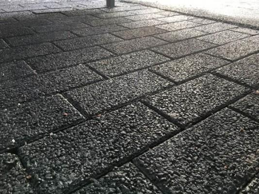 Pilt 5 - Hule-Kartanokivi sillutuskivid on nagu musta värvi Fibo plokid