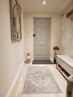 16 - Sisekujundaja Monika Kask kujundatud korter Londoni äärelinnas