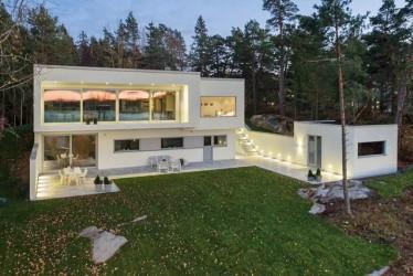 34 - Modernses võtmes BAUROC maja Rootsis