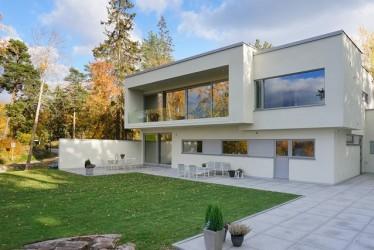 Pilt 1 - Modernses võtmes BAUROC maja Rootsis